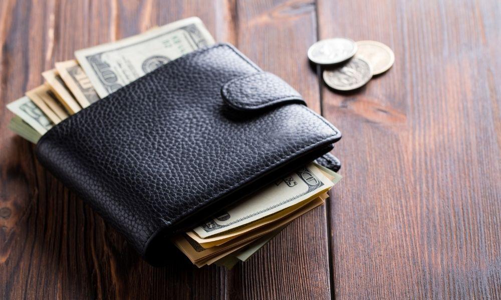 כך תוכלו להיפטר מווירוסים ובקטריות בארנק שלכם